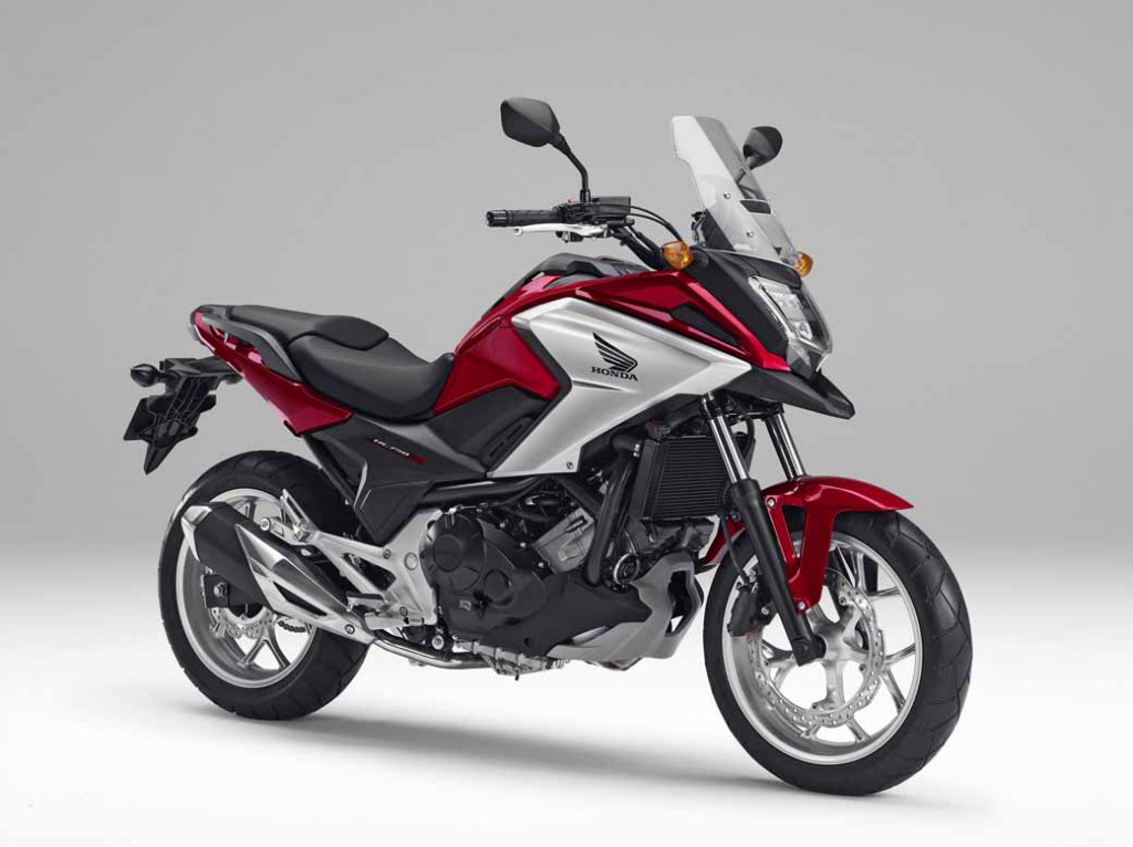 honda-large-sport-two-wheel-series-of-two-cylinder-nc750x-released-nc750s20160126-1