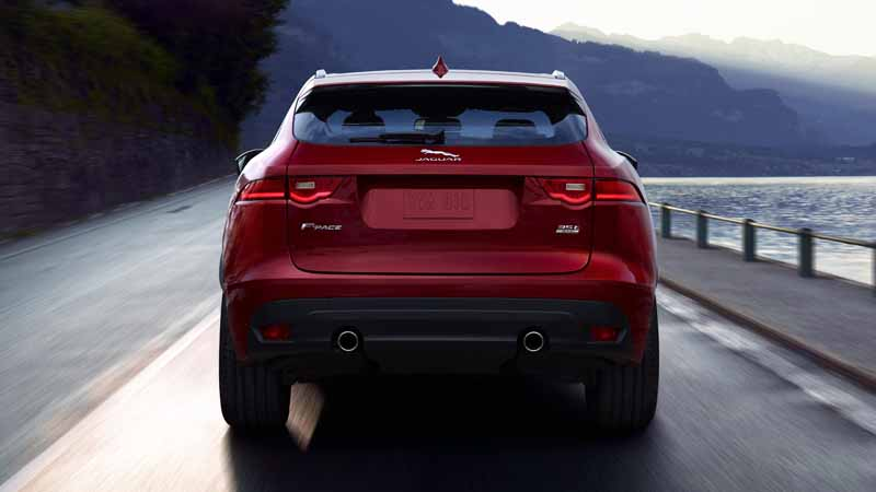 jaguars-first-performance-suv-f-pace-all-five-models-booking-orders-start20160128-3