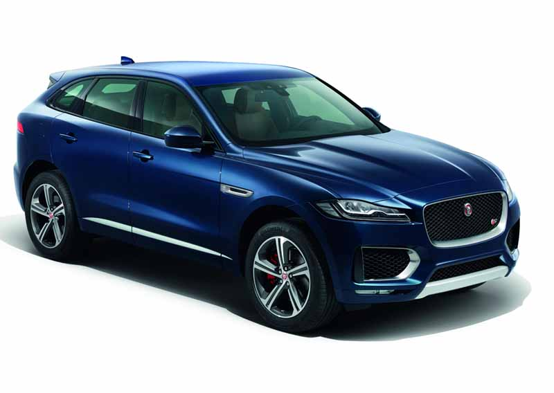 jaguars-first-performance-suv-f-pace-all-five-models-booking-orders-start20160128jaguars-first-performance-suv-f-pace-all-five-models-booking-orders-start20160128-7