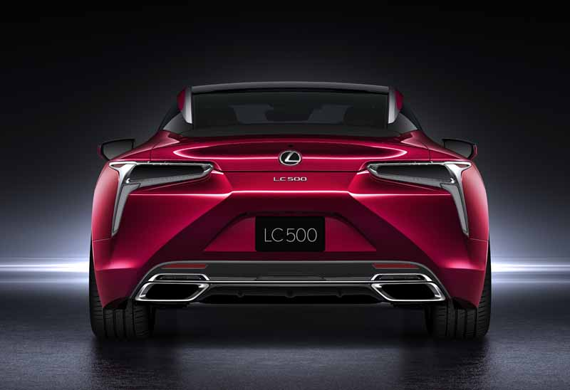 lexus-and-the-world-premiere-of-the-new-luxury-coupe-lc500-at-the-detroit-motor-show20160112-5