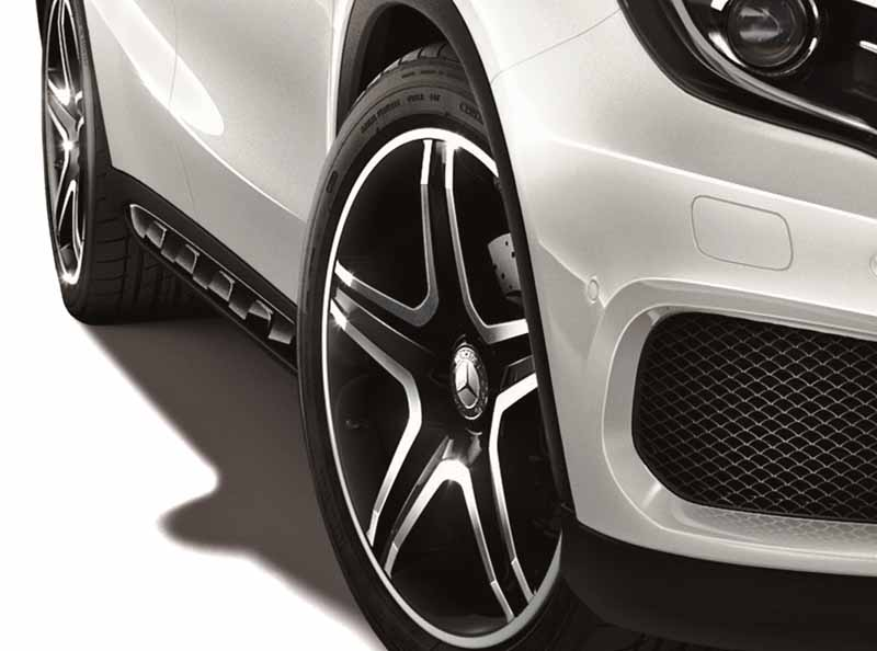 mbj-special-specification-car-gla-180sports-white-black-edition-released20160120-7