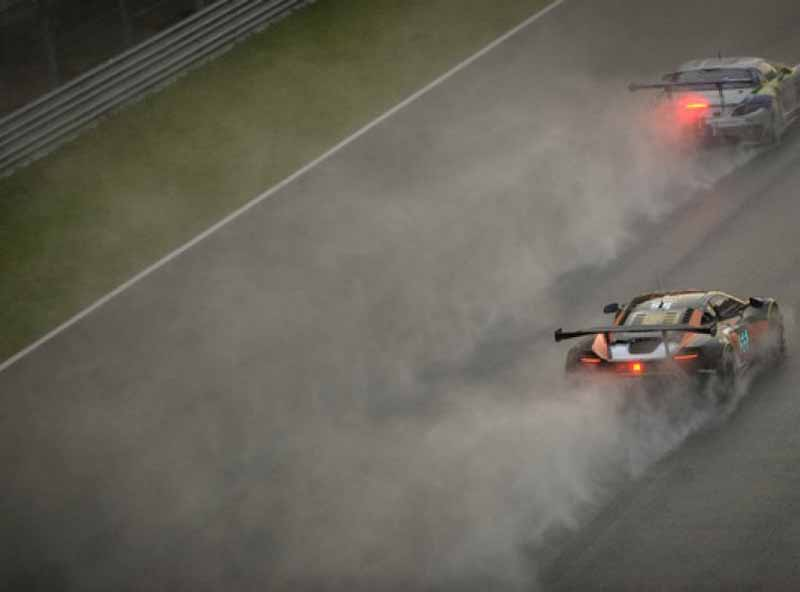mclaren-gt-fourth-overall-at-the-sepang-12-hours-endurance-race20160102-3