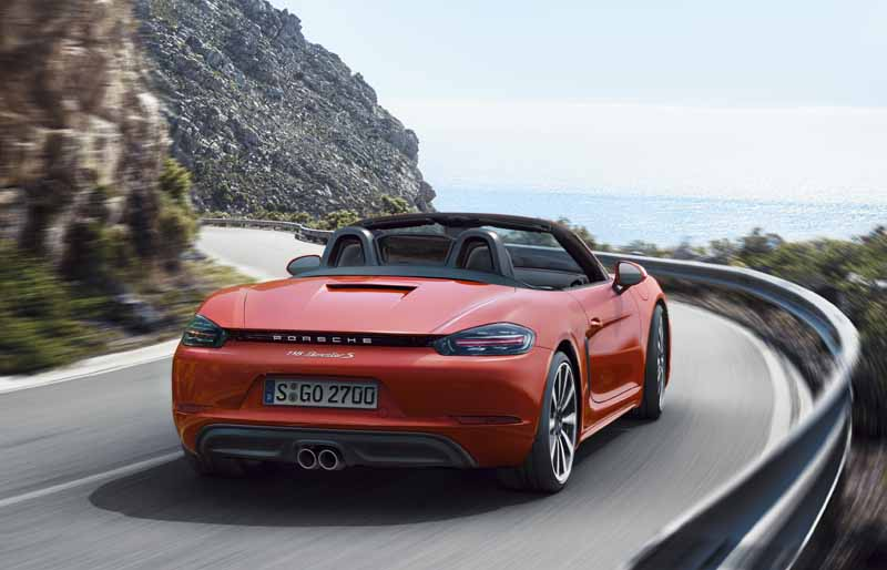 porsche-and-started-booking-orders-for-mid-engined-roadster-718-boxster20160128-7