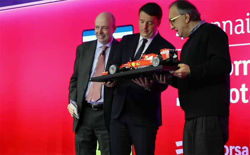 prancing-horse-milan-debut-ferrari-and-shares-listed-on-the-italian-stock-exchange20150107-3