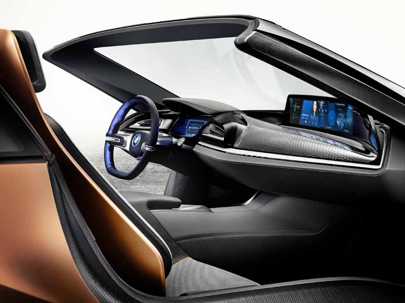 publish-the-latest-user-interface-in-bmw-ces2016-0106-10