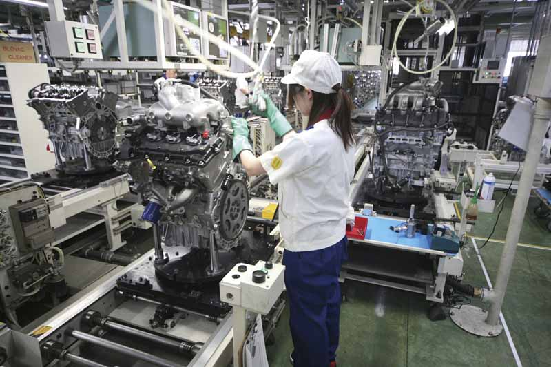 suzuki-sagara-plant-won-the-2015-fiscal-year-energy-conservation-grand-prize-energy-saving-case-department-in-automobile-production-process20160119-3