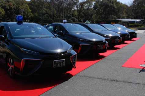 toyota-fcv-the-start-of-operation-in-the-mirai-taxi-nagoya20160123-6