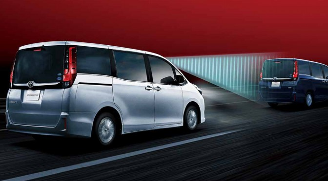 toyota-voxy-noah-and-toyota-safety-sense-c-mounted-in-esquire20160106-15