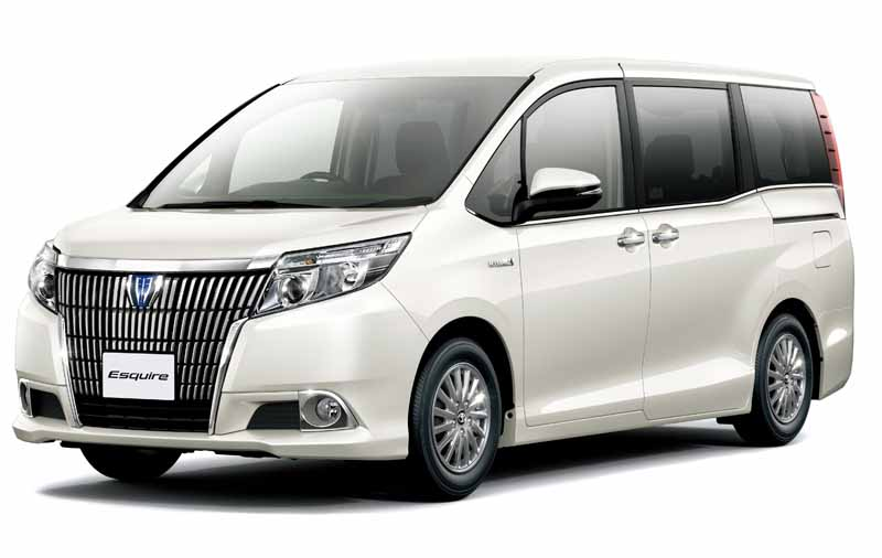 toyota-voxy-noah-and-toyota-safety-sense-c-mounted-in-esquire20160106-9