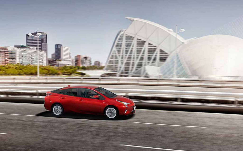 toyotas-new-prius-to-achieve-the-order-number-100-000-units-in-release-1-months-after20160118-3