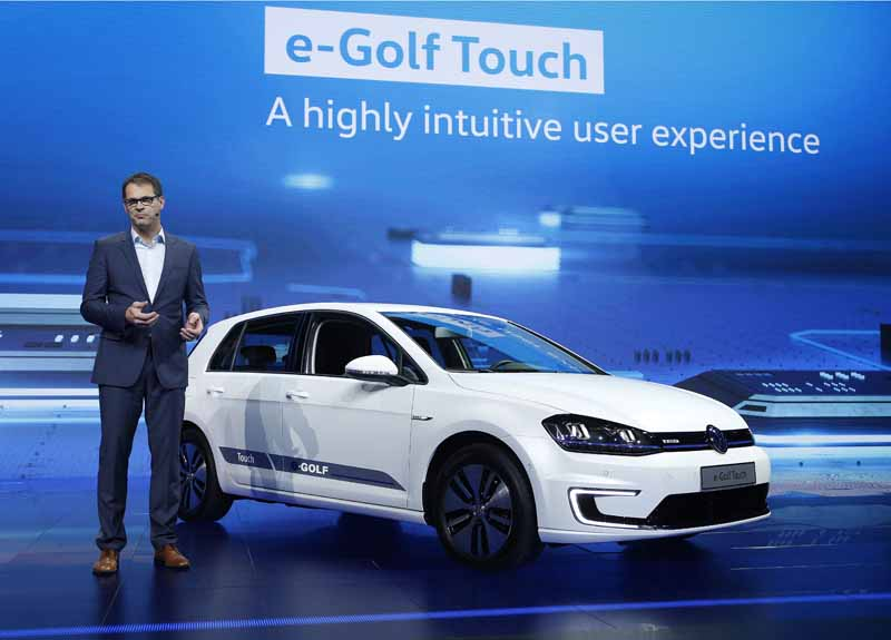 volkswagen-in-the-us-ces2016-the-e-golf-touch-announced-budd-e20160111-22
