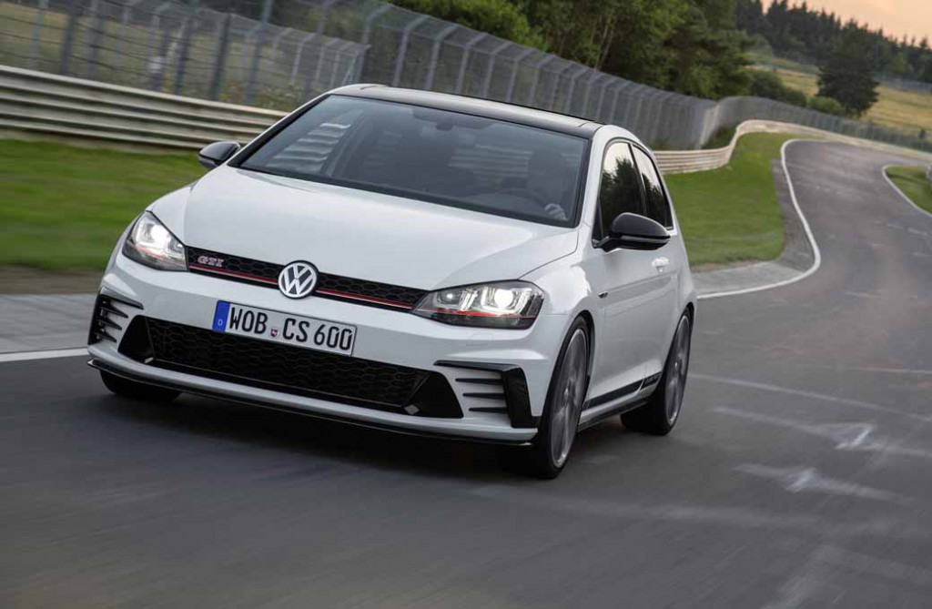 volkswagen-memorial-gti-birth-40th-anniversary-model-golf-gti-clubsport-limited-introduction20160116-2