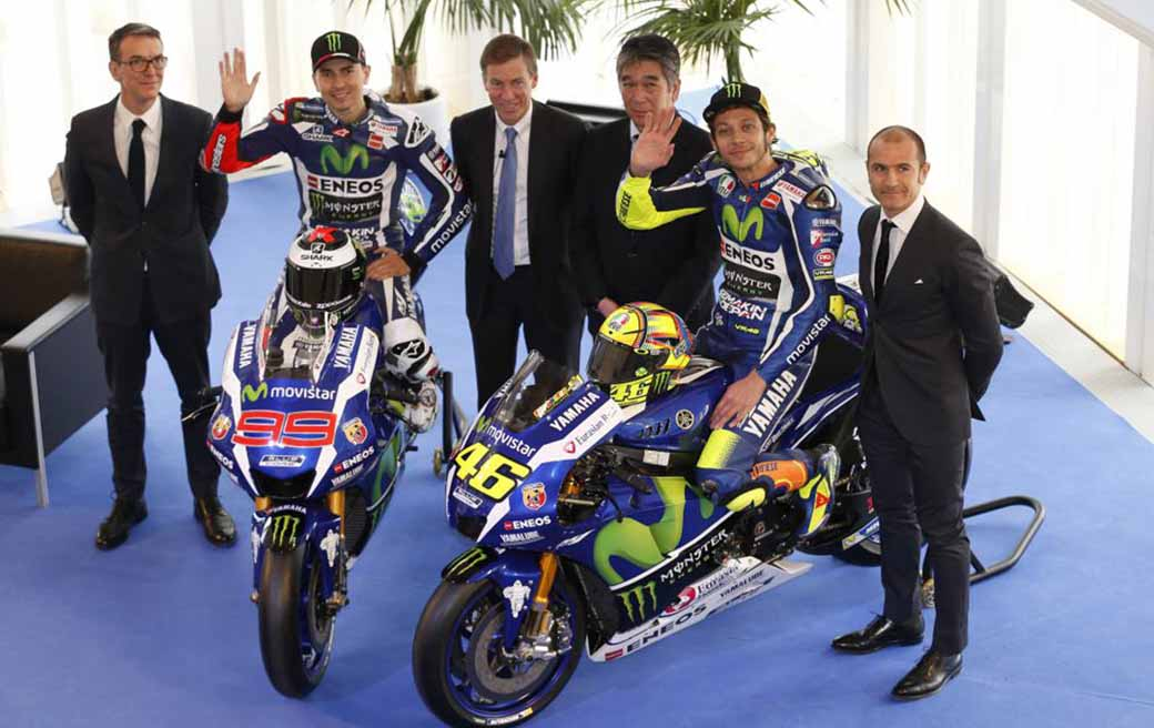 yamaha-motor-and-premiered-the-yzr-m1-2016-type-motogp-machine-in-barcelona-spain20160119-3