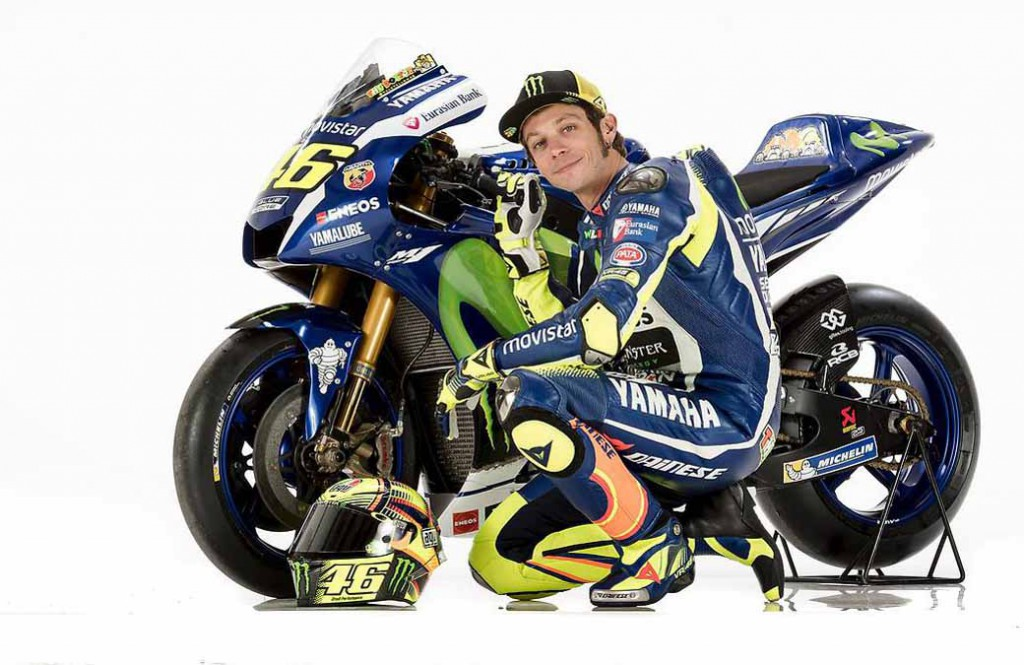 yamaha-motor-and-premiered-the-yzr-m1-2016-type-motogp-machine-in-barcelona-spain20160119-4
