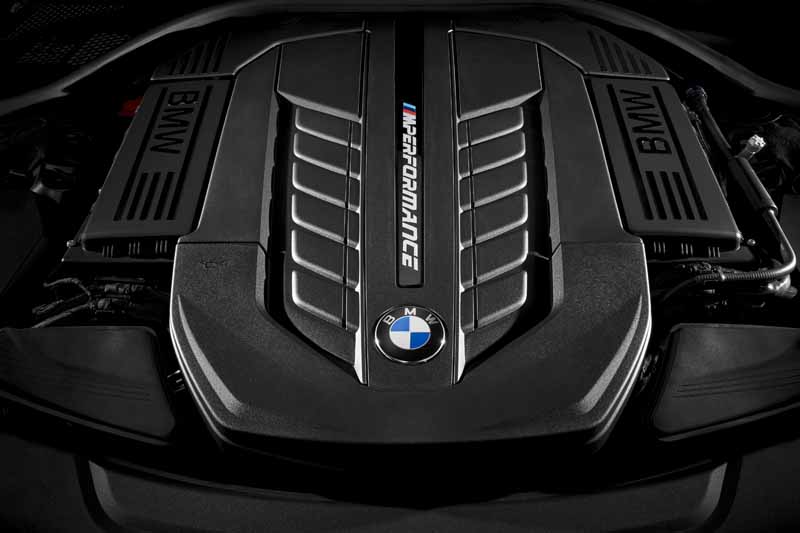 bmw-i-exhibitors-new-lineup-such-as-the-86th-geneva-international-motor-show-2016-0215-8