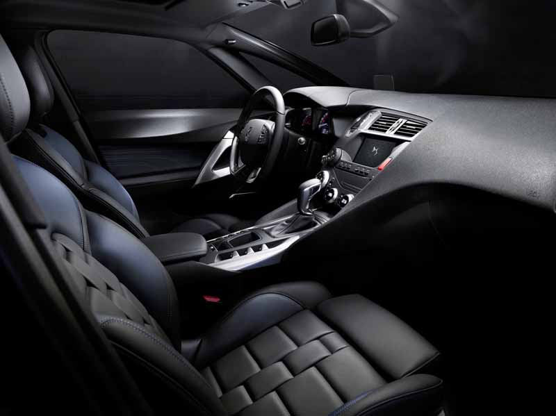 ds-announced-two-world-premiere-at-the-geneva-motor-show-20160224-28
