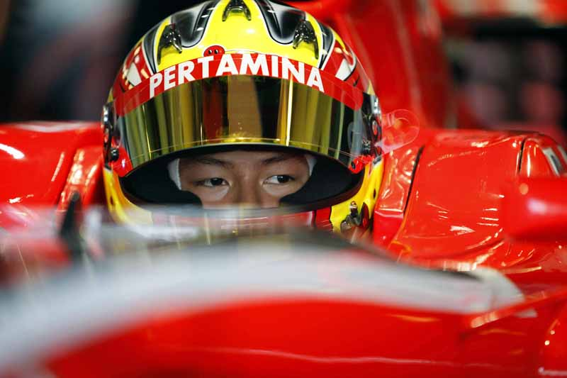 f1-manor-racing-the-second-person-of-the-driver-in-rio-harianto-players-born-in-indonesia20160221-3