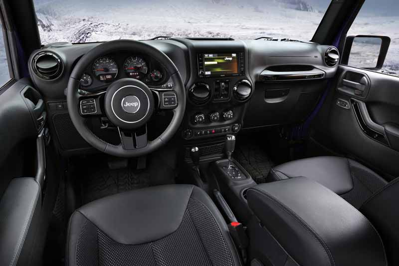 fca-japan-released-a-limited-edition-model-of-the-jeep-wrangler20160210-17