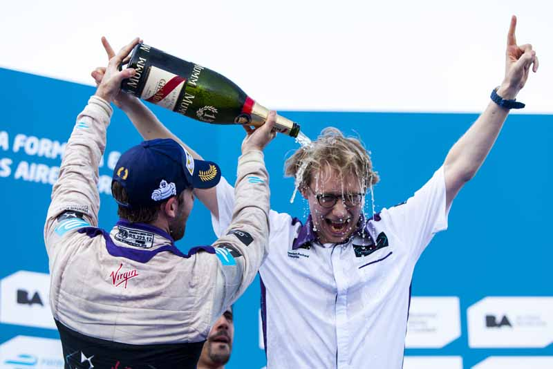first-victory-in-the-ds-virgin-racing-months-formula-e-championship20160209-2