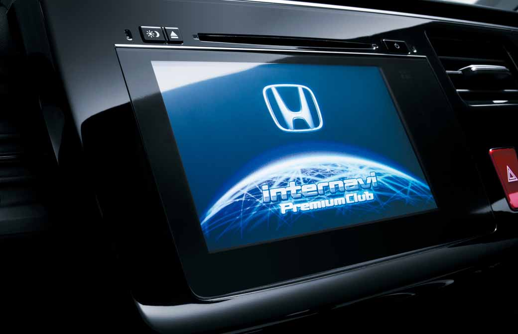 honda-association-presidents-award-of-science-and-technology-and-the-economy-in-information-services-by-the-probe-data-award20160215-5