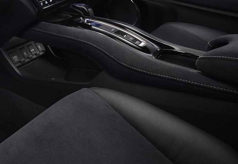 honda-the-leading-publication-on-the-website-of-the-new-type-of-rss-vezel20160207-7