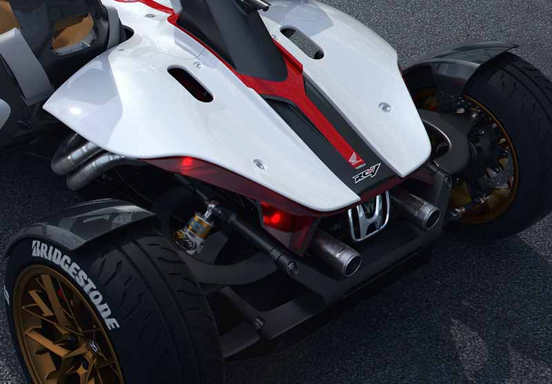 honda-the-world-premiere-of-the-two-seater-of-project-2-4-power-dubai-rc213v-in-india20160204-15