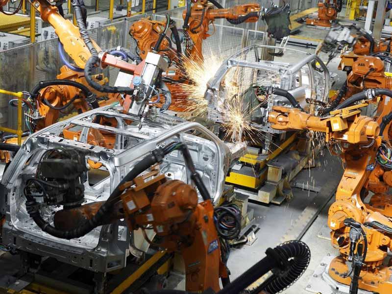 jaguar-land-rover-is-the-uks-largest-car-manufacturer20160202-5