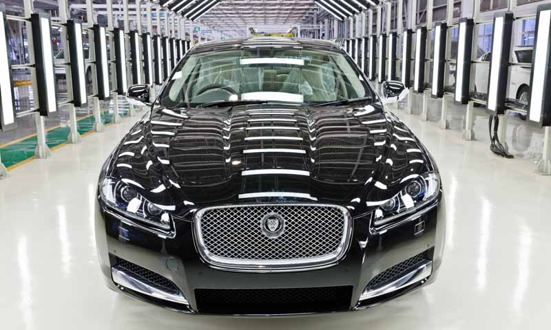 jaguar-land-rover-is-the-uks-largest-car-manufacturer20160202-8