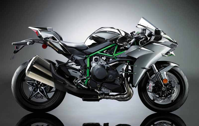 kawasaki-ninja-h2-won-the-if-design-award20160217-1