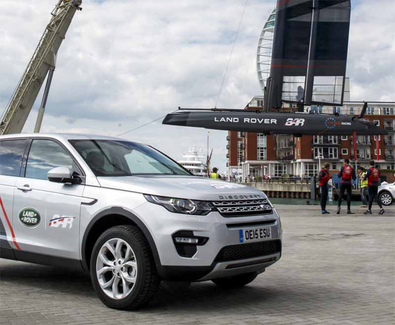 land-rover-land-rover-bar-and-cooperation-in-the-development-of-the-fastest-yacht20160229-7