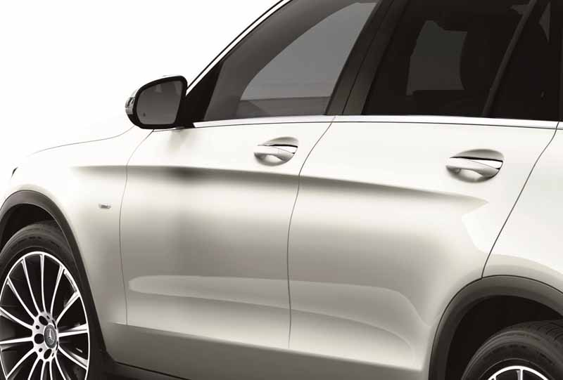 mercedes-benz-japan-glc-250-4matic-edition-1-a-limited-release20160209-11