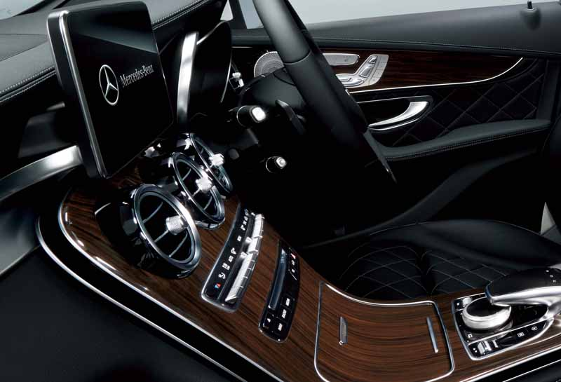 mercedes-benz-japan-glc-250-4matic-edition-1-a-limited-release20160209-9