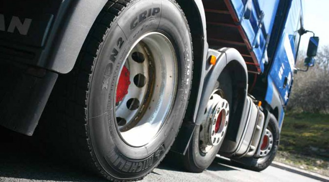 michelin-achieved-sales-ratio-of-12-2-in-the-fourth-quarter-results-2015-20160224-4