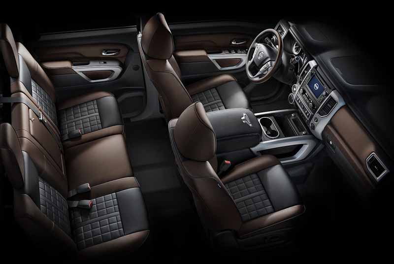 nissan-titan-xd-won-best-pickup-truck-2016-in-the-north-american-auto-show20160216-3