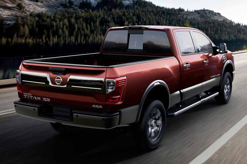 nissan-titan-xd-won-best-pickup-truck-2016-in-the-north-american-auto-show20160216-9
