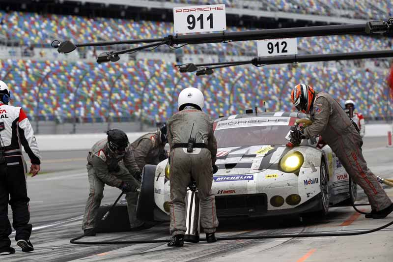 porsche-porsche-911-in-the-florida-opener-won-two-podium20160202-8
