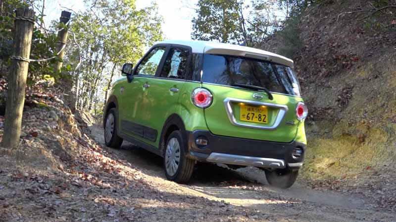 publish-the-off-road-running-power-of-the-daihatsu-cast-activa-4wd-at-movie20160223-5