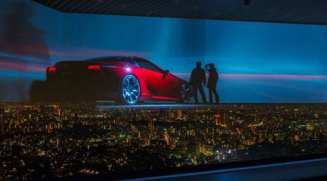 LEXUSの走りとデザインをテクノロジーアートで表現・展示