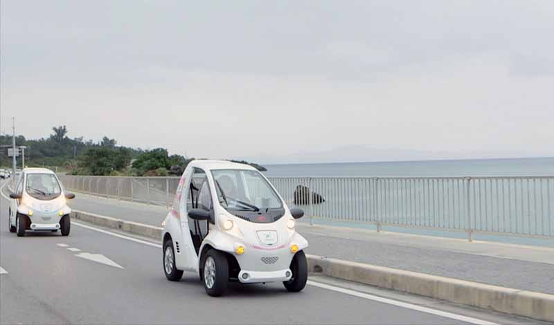 toyota-demonstrated-the-start-of-the-sharing-service-by-the-small-mobility-in-okinawa-prefecture-headquarters-peninsula20160209-11