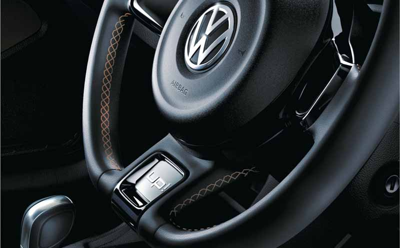 vw-small-car-special-limited-car-up-jeans-up-released20160208-10