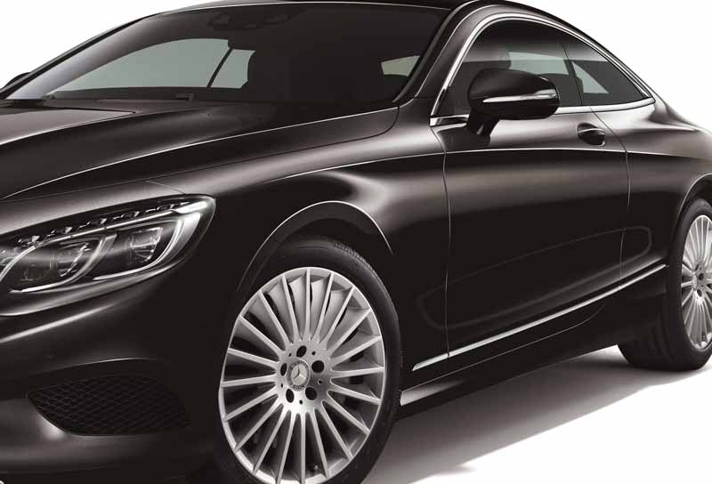 mercedes-benz-japan-add-s400-4matic-coupe-of-the-v6-·-3l-twin-turbo20160301-7