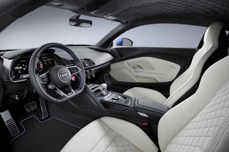 audis-flagship-sports-car-100-units-limited-edition-of-the-new-audi-r820160326-12