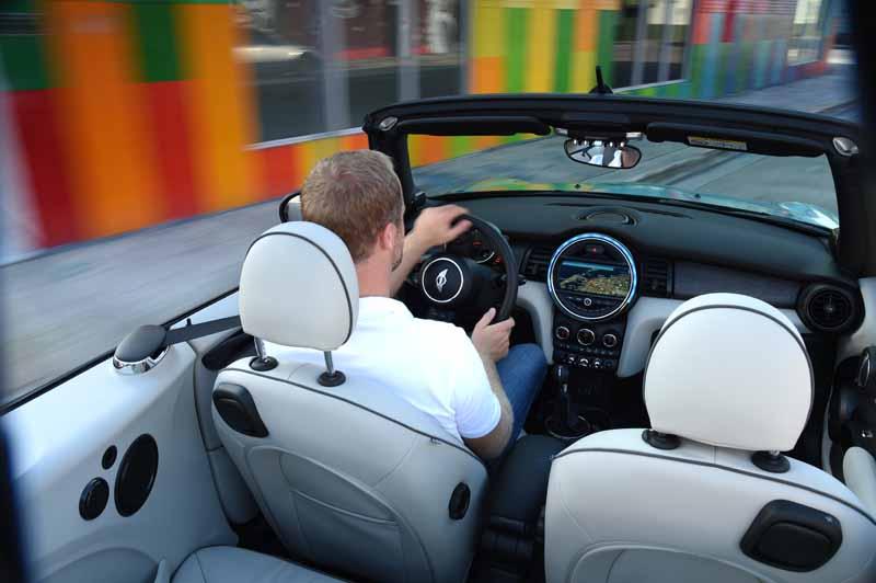 bayerische-motoren-werke-ag-the-new-mini-convertible-sales-start20160302-10