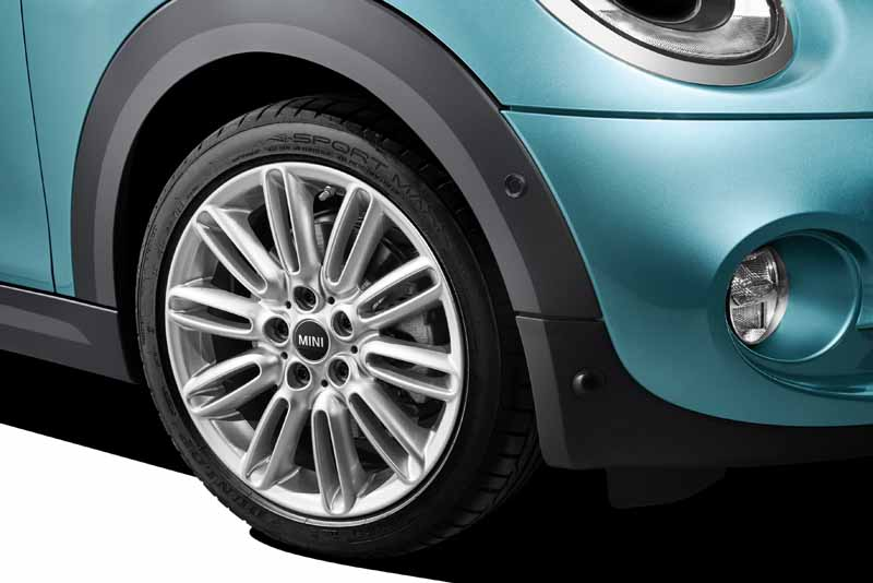 bayerische-motoren-werke-ag-the-new-mini-convertible-sales-start20160302-15