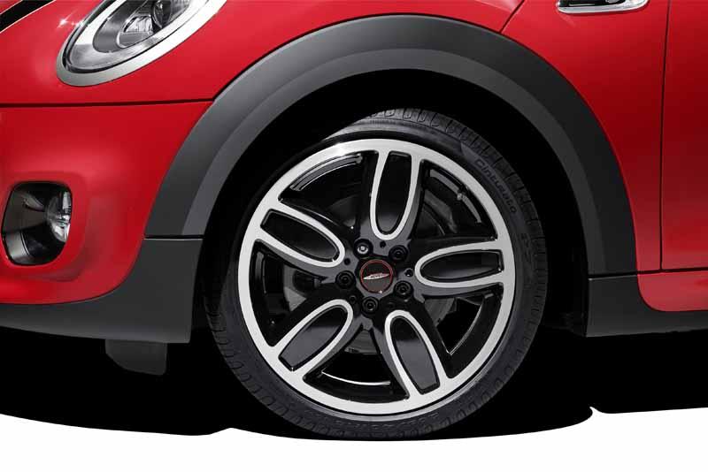 bayerische-motoren-werke-ag-the-new-mini-convertible-sales-start20160302-18