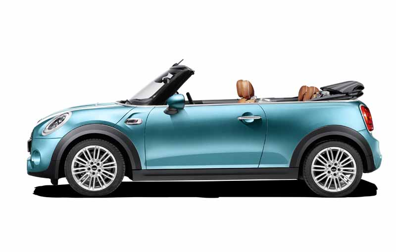 bayerische-motoren-werke-ag-the-new-mini-convertible-sales-start20160302-25