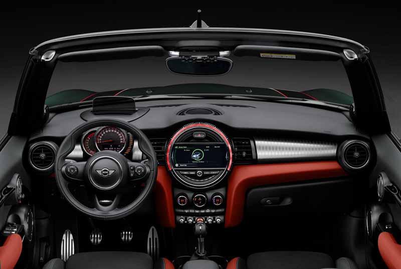 bayerische-motoren-werke-ag-the-new-mini-convertible-sales-start20160302-31