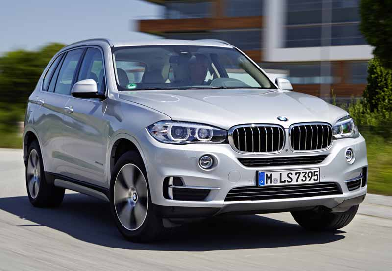 bmw-further-accelerate-the-operation-support-system-implementation-of-the-x5-and-x6-20160310-3