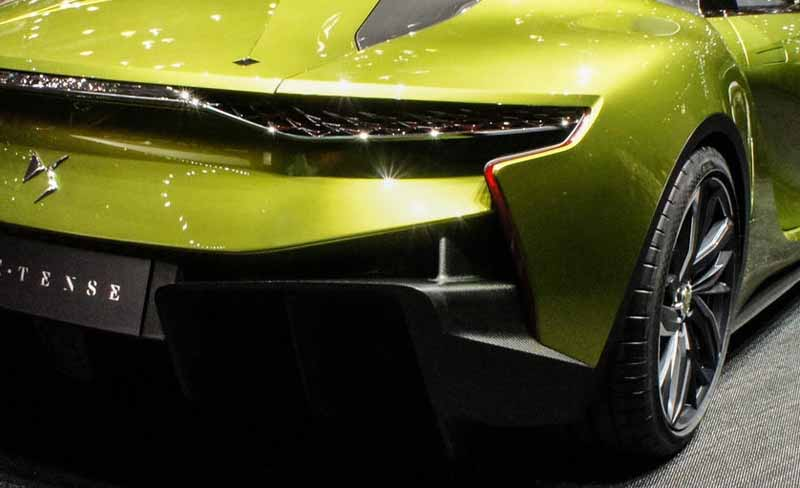 ds-the-worlds-first-unveiled-at-geneva-a-high-performance-ev-sports-ds-e-tense20160303-10