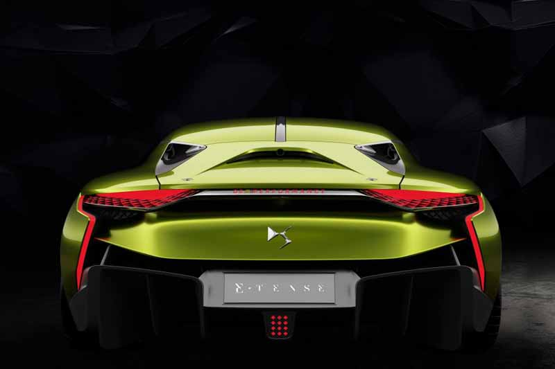 ds-the-worlds-first-unveiled-at-geneva-a-high-performance-ev-sports-ds-e-tense20160303-20